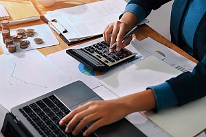 a certified public accountant assisting a nonprofit with taxes