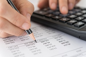 accountant verify the accuracy of financial statements